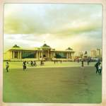 Suchbaatar Platz, Parlamentsgebäude
